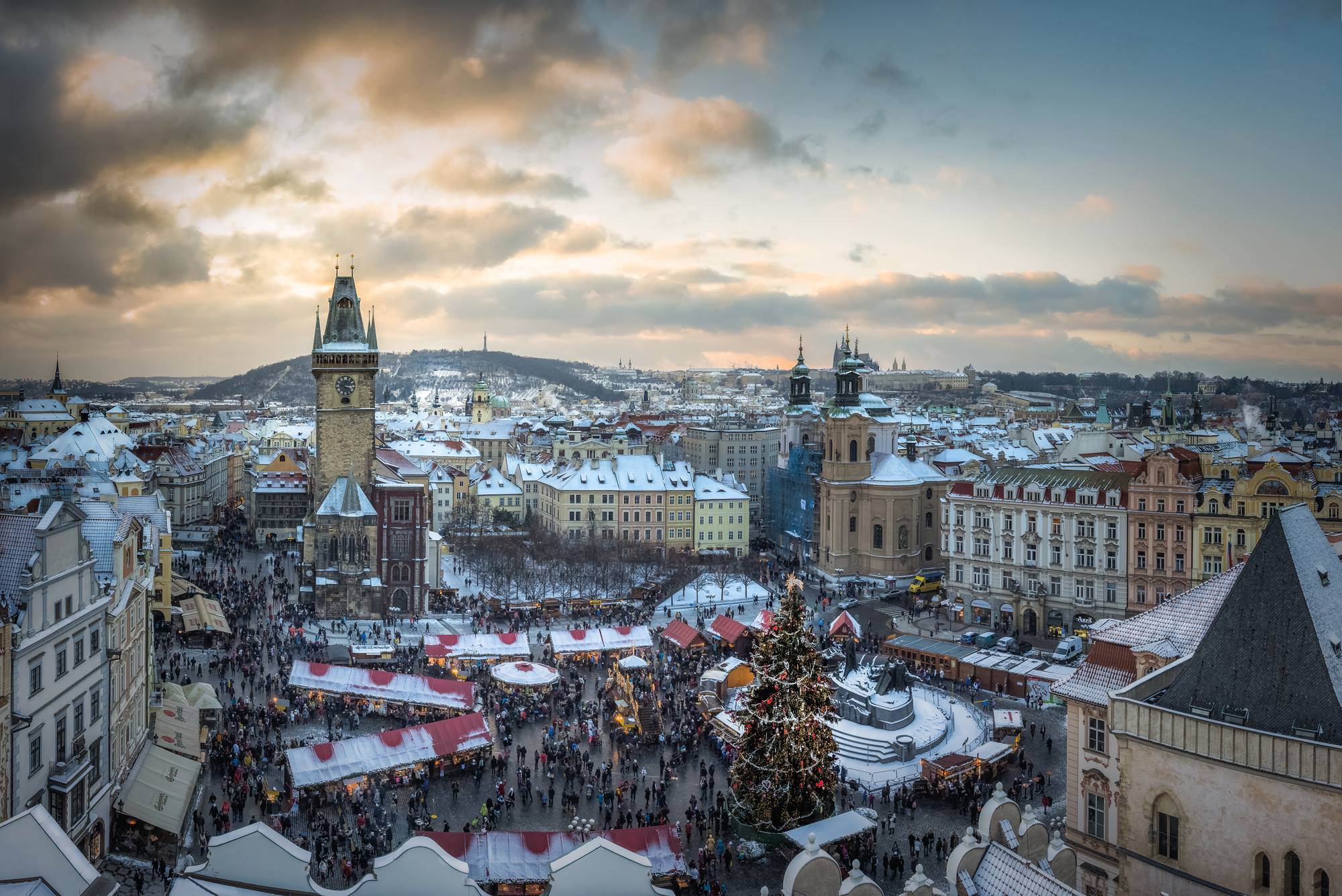 prague christmas markets where to stay and when to travel