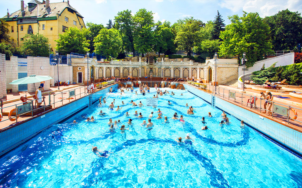 5 Blissful Budapest Baths Guaranteed to Help you Unwind - Click&Go ...