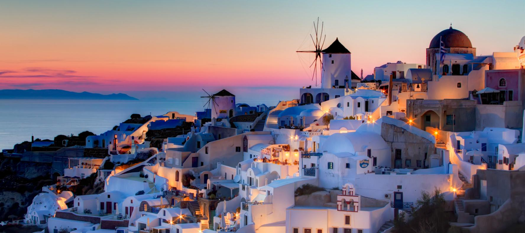 Sunset in Oia, Santorini - Santorini Bucket List