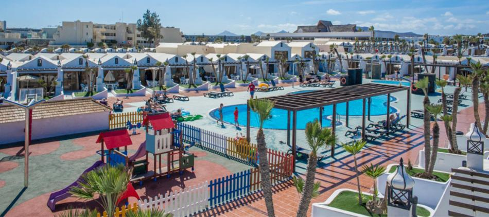 Sands Beach Resort in Costa Teguise - Family Friendly Resort in Lanzarote