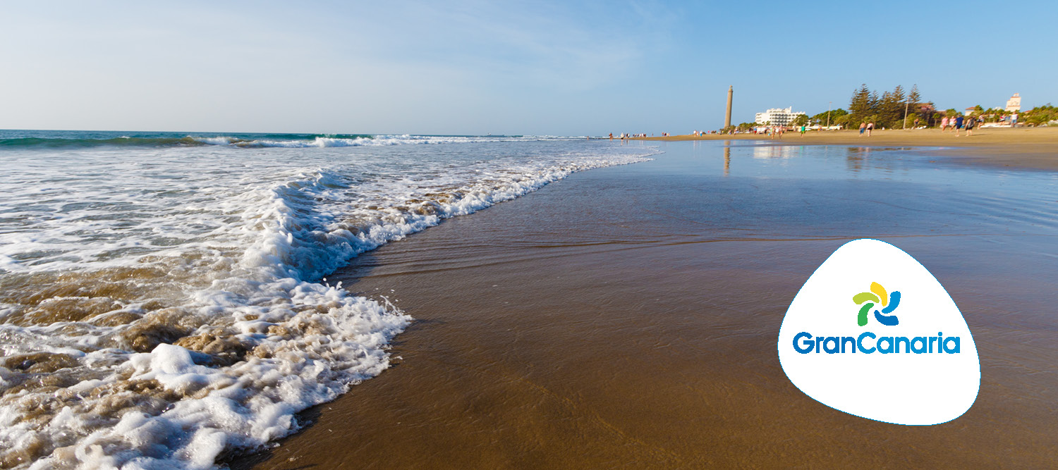 Maspalomas Beach in Gran Canaria | 4 Reasons to Visit Gran Canaria this May