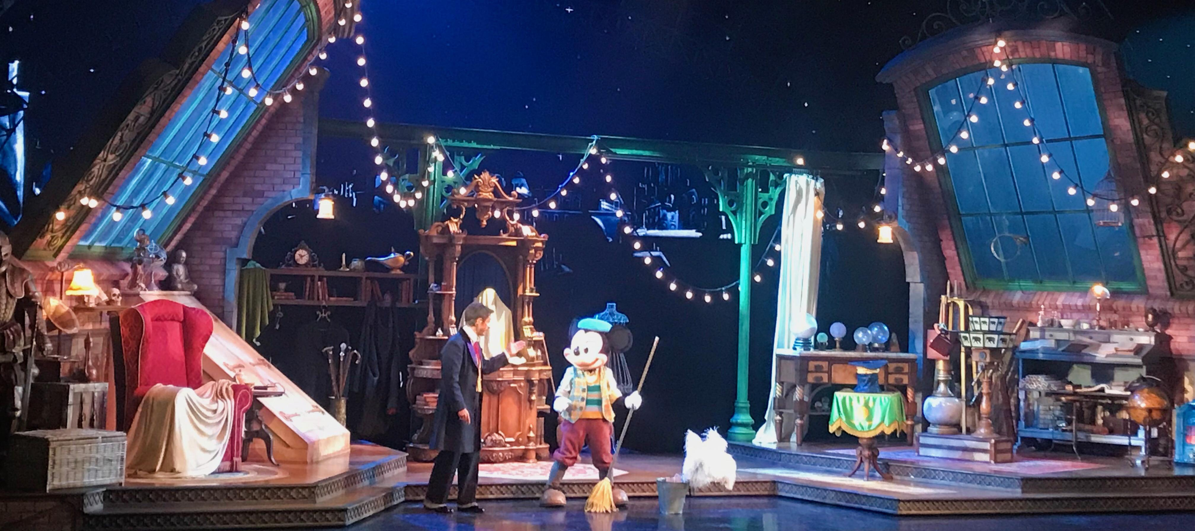 Mickey Mouse and the Magician Show in Disneyland Paris