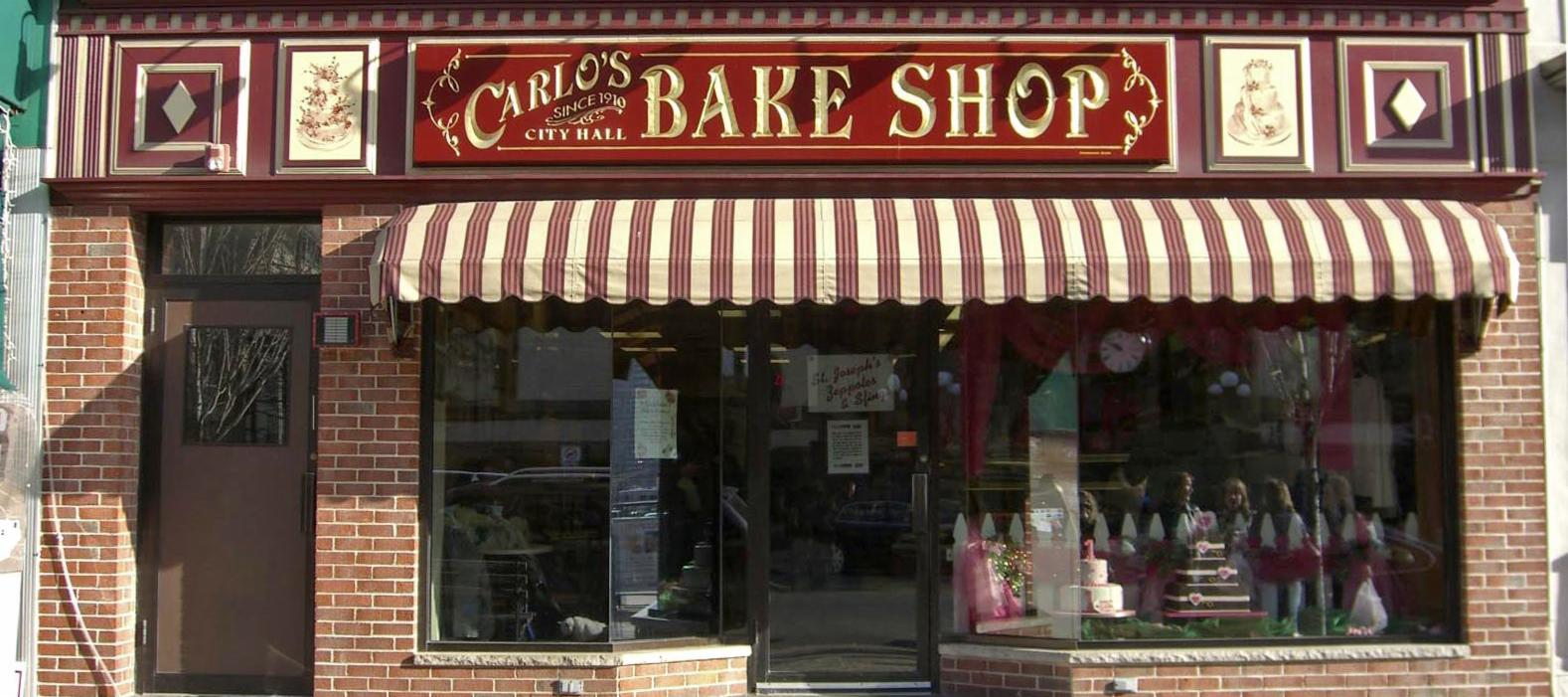 Carlo's Bakery in NYC