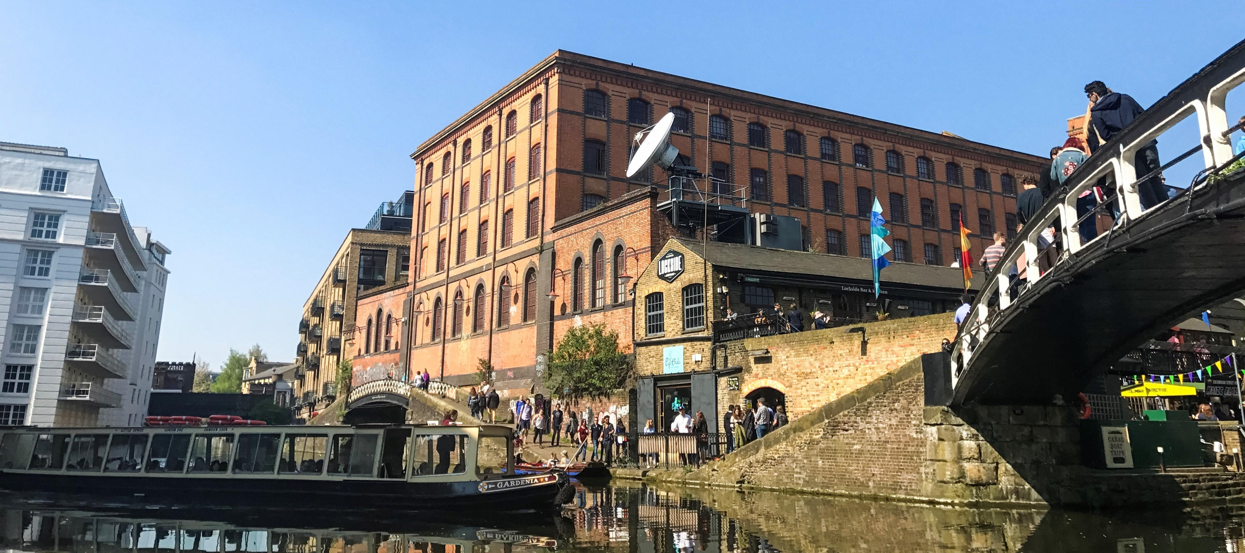 Waterbus at Camden Lock | 6 alternative things to do in London