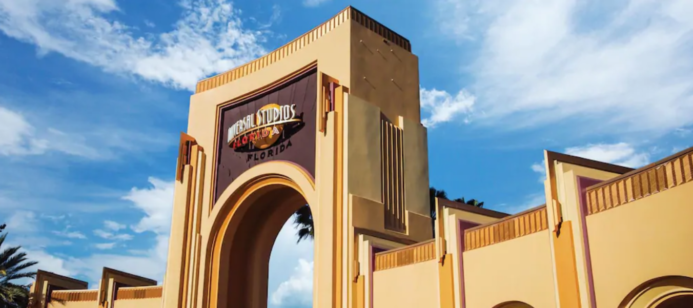 Entrance to Universal Studios Orlando | Your Guide to Universal Orlando