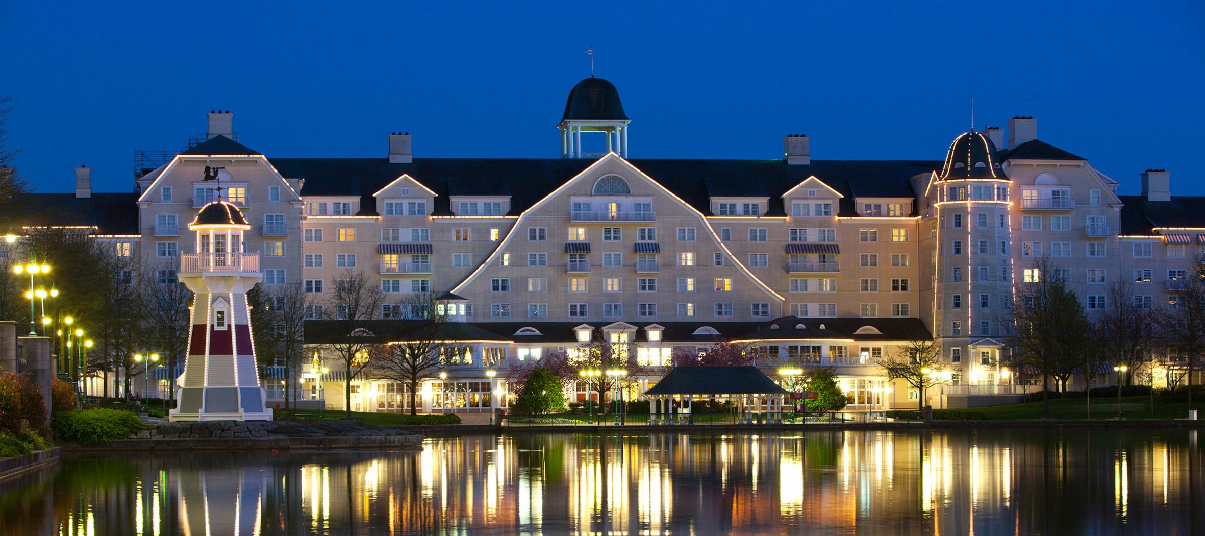 Newport Bay Club Hotel in Disneyland Paris