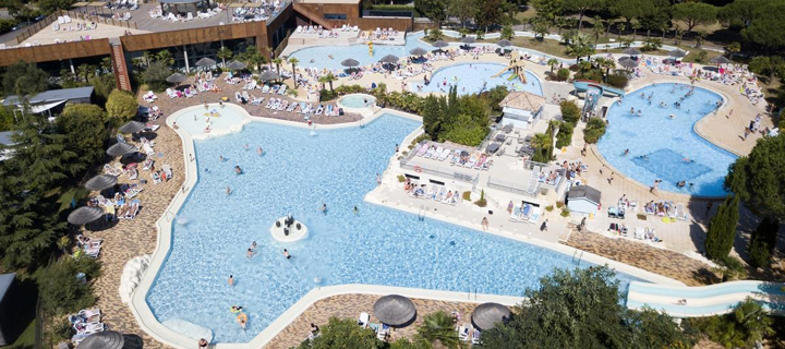 Pool area at Séquoia Parc campsite in France