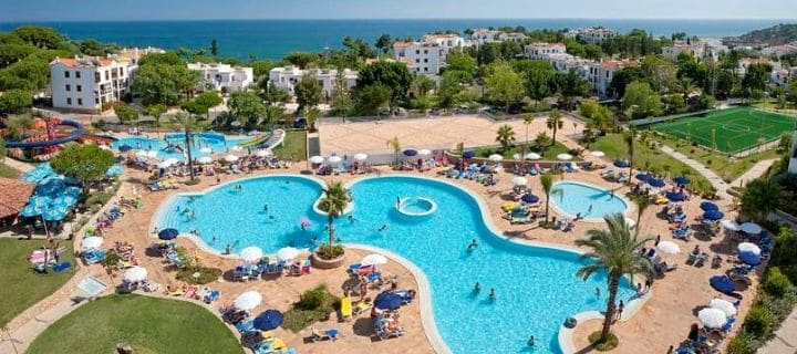 View of the pool in the Alfagar Village in Albufeira