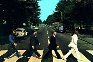 London City Breaks - The Beetle's Abbey Road