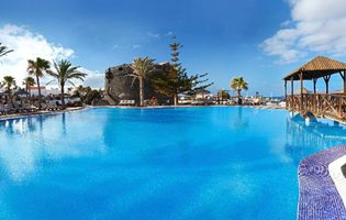 Autumn sun Holidays To Lanzarote - Costa Teguise Package Holidays