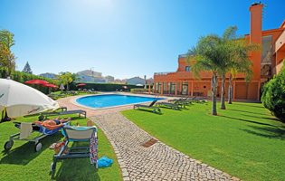 Over 50s Holidays Cheapest Holidays To The Algarve - Vilamoura