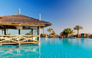 Black Friday Sun Deals Cheapest Holidays To Lanzarote - Playa Blanca
