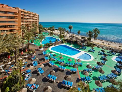 Sunset Beach Club Apartments