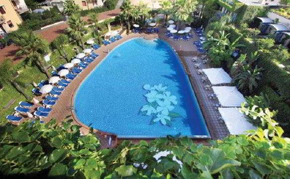 Caesar palace hotel giardini naxos italy