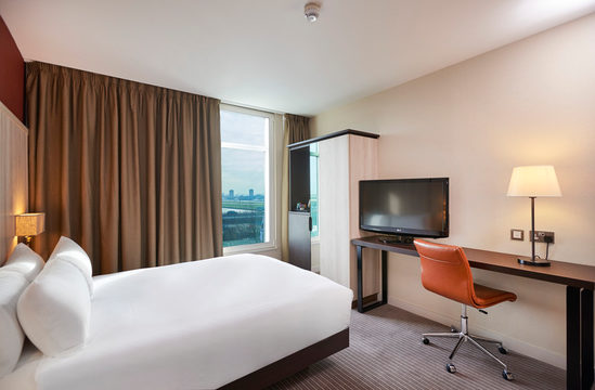 DoubleTree By Hilton London Excel Hotel - London - UK