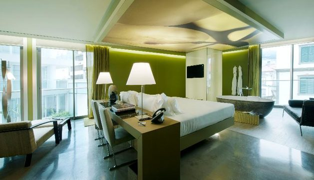 The vine design hotel hotel funchal madeira for Design hotel madeira